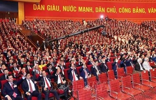 Thông qua Nghị quyết Đại hội lần thứ XIII của Đảng
