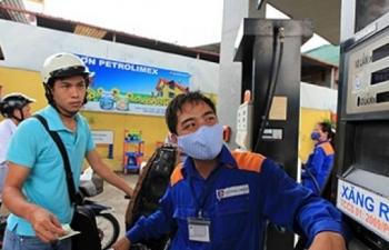 Chi đậm Quỹ Bình ổn, giá xăng dầu đứng yên