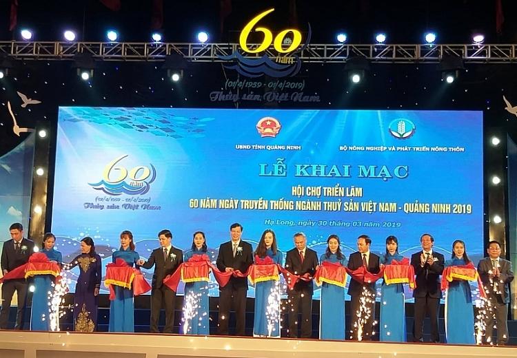 tang truong lien tuc xuat khau thuy san doi mat hang loat thach thuc