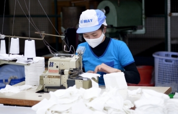 Vinatex tăng tốc sản xuất 50 triệu chiếc khẩu trang/tháng