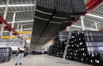 Áp thuế tự vệ thêm 3 năm với thép dài và phôi thép nhập khẩu