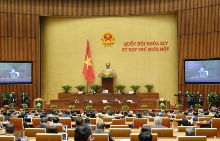 Đại biểu Quốc hội: Đề nghị cấm tuyệt đối thuốc lá điện tử