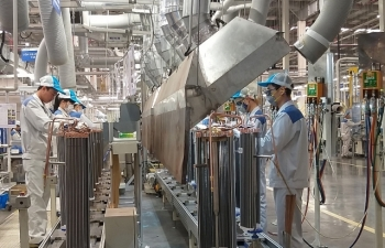 Covid-19 khiến sản xuất công nghiệp khốn khó hơn cả khủng hoảng tài chính