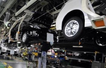 Đề xuất giảm 50% lệ phí trước bạ cho khách mua ô tô