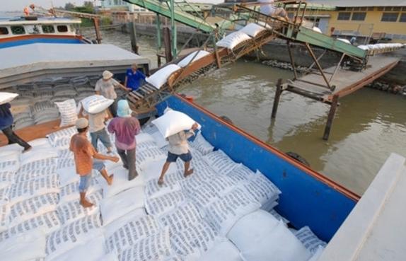 Không yêu cầu phải dỡ hàng ra khỏi container để kiểm tra gạo xuất khẩu
