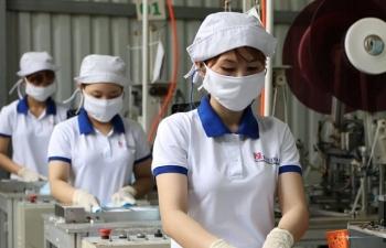 Bộ Công Thương muốn duy trì cấp phép xuất khẩu khẩu trang y tế