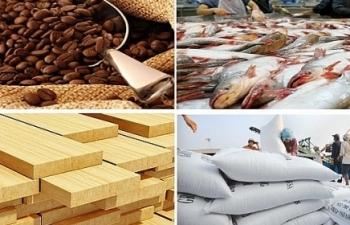 Nông, lâm, thủy sản xuất siêu 2,68 tỷ USD trong 4 tháng