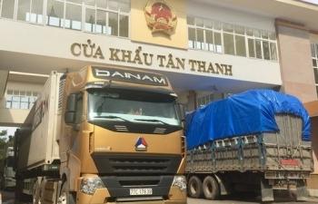 Còn tồn 760 xe hàng tại cửa khẩu giáp Trung Quốc, Lào, Campuchia