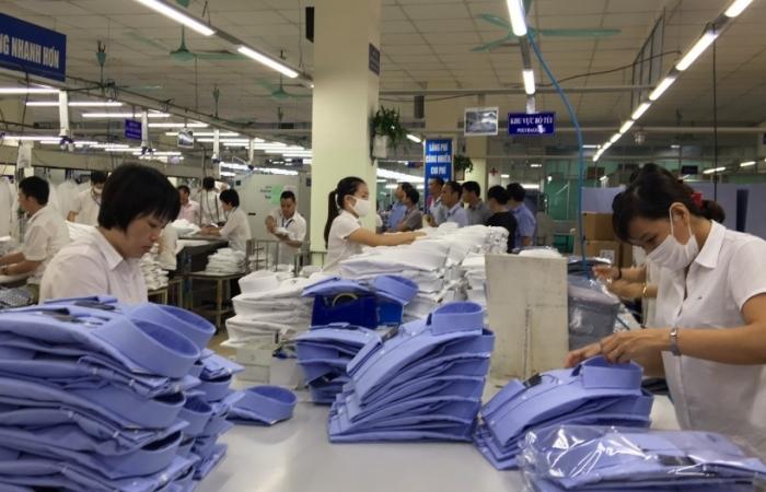 Xuất khẩu dệt may giảm mạnh, chỉ đạt hơn 32 tỷ USD?