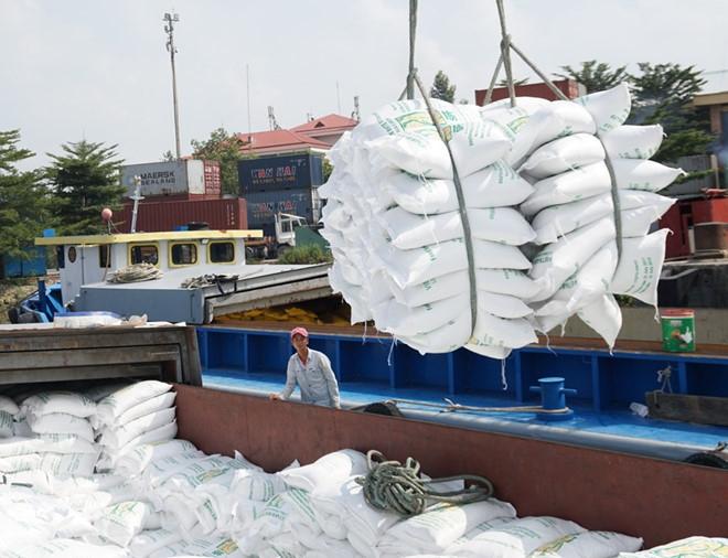 viet nam trung thau cung cap 30 nghin tan gao cho philippines