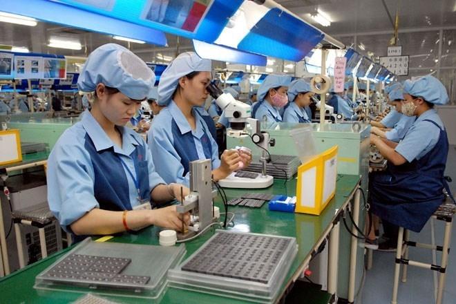 """Xuất khẩu máy vi tính, sản phẩm điện tử """"cán đích"""" 54 tỷ USD?"""