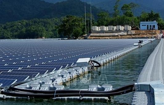 Nghệ An để nghị bổ sung 2 dự án điện mặt trời nổi vào quy hoạch
