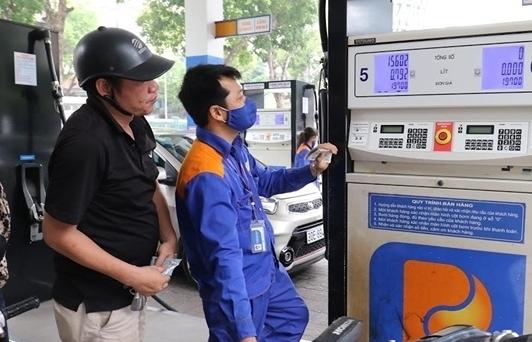 Giá xăng dầu giảm mạnh lần thứ 7 liên tiếp