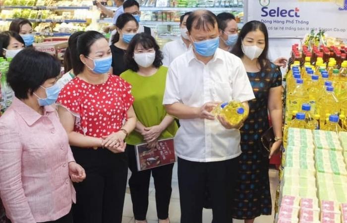 Dữ trự tại siêu thị tăng 2-3 lần, không lo thiếu hàng thiết yếu