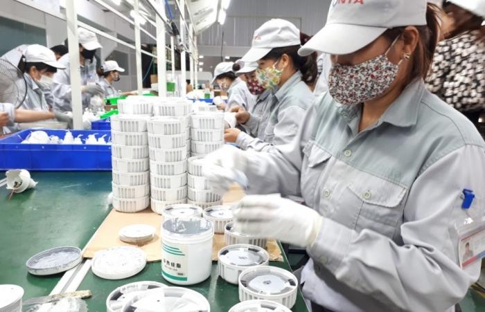 Phát triển công nghiệp đối diện thách thức