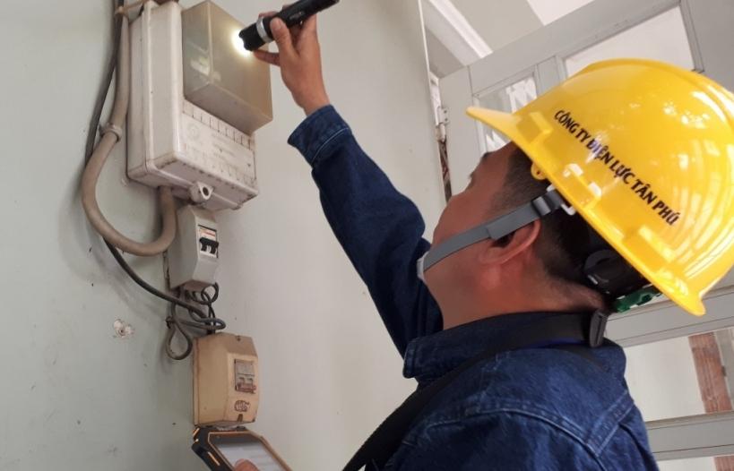 Điện 1 giá gần 3.000 đồng/kWh: Để thấp hơn các bộ không ủng hộ