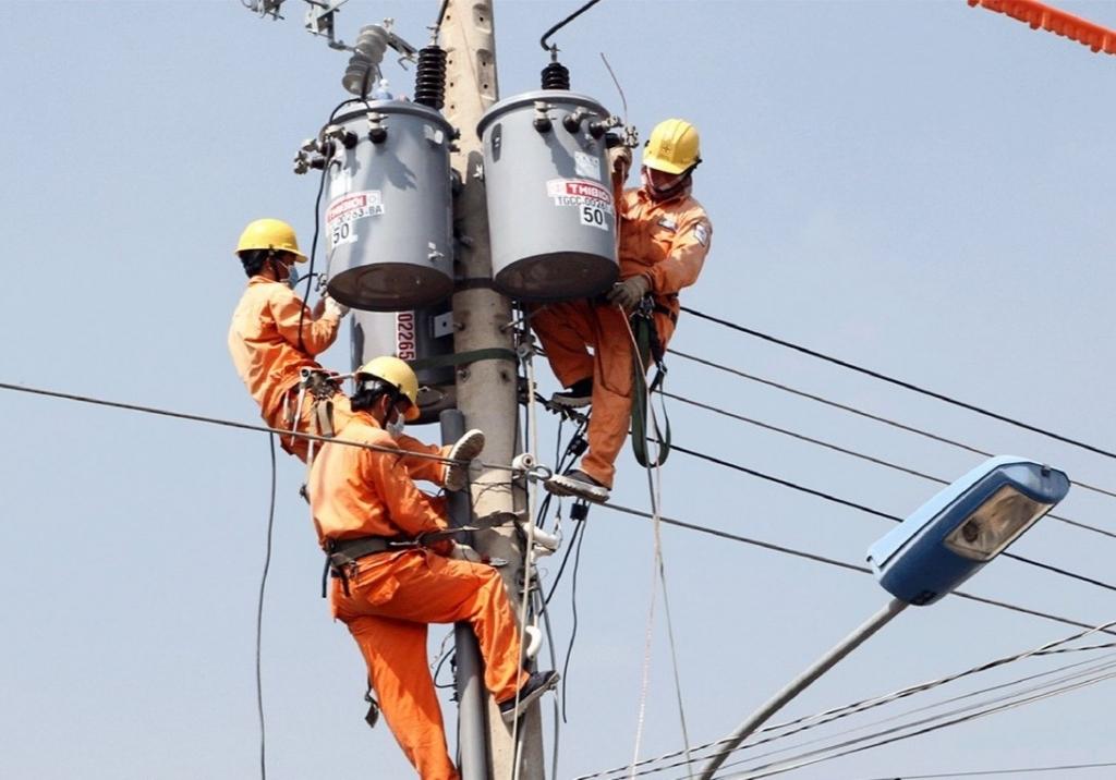 EVN khuyến cáo gấp do tiêu thụ điện tăng cao