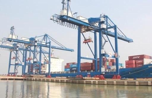 Xuất khẩu gạo gặp khó khi Tân Cảng Hiệp Phước tạm ngừng dịch vụ đóng rút gạo