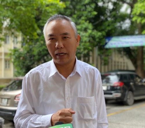 Thứ trưởng Bộ  NN&PTNT Phùng Đức Tiến