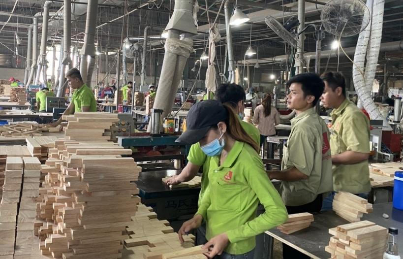 Bình Dương: Nhiều mặt hàng xuất khẩu chủ lực tăng trưởng cao