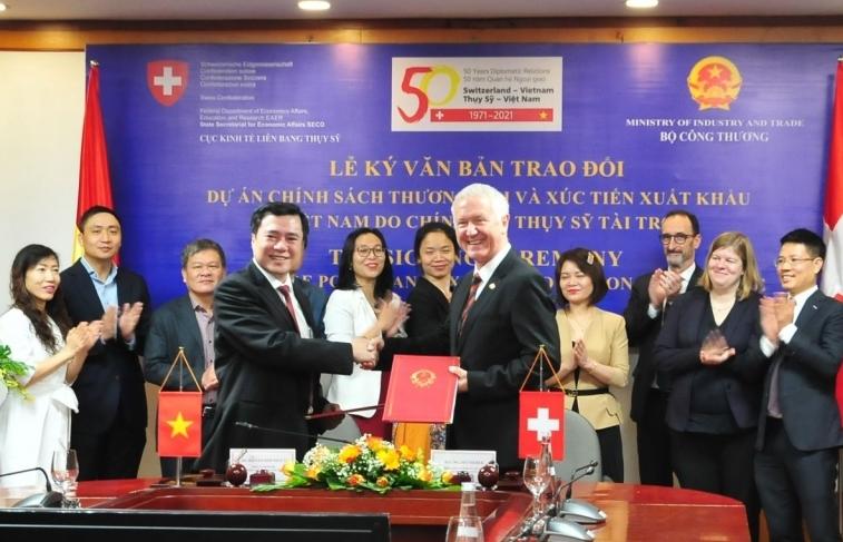 Thụy Sỹ tài trợ hơn 130 tỷ đồng nâng cao năng lực xuất khẩu cho Việt Nam