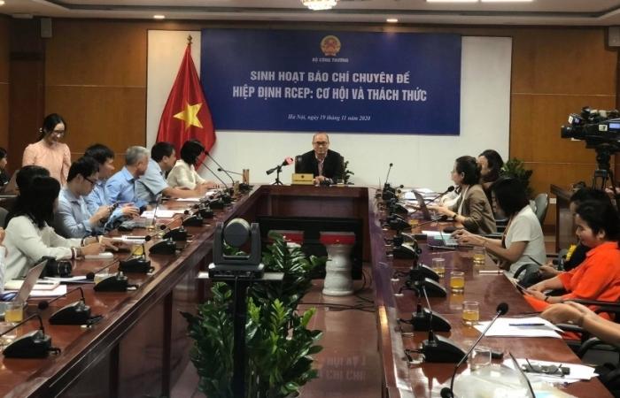 """RCEP không tạo ra """"cú sốc"""" về giảm thuế quan với Việt Nam"""