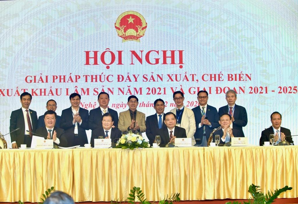 Doanh nghiệp gỗ chung tay, chính thức ra mắt Quỹ Việt Nam xanh