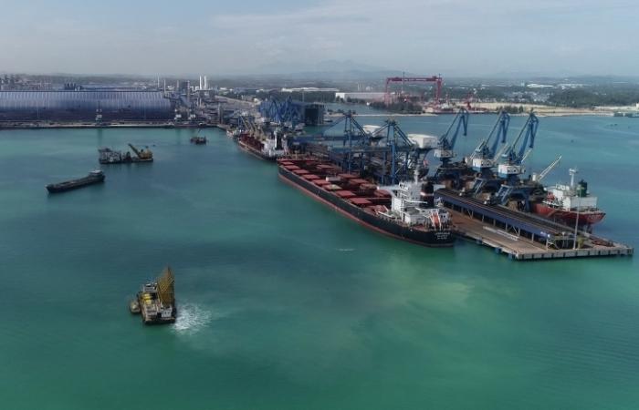 Hòa Phát nhập khẩu than, quặng từ Australia tăng đột biến