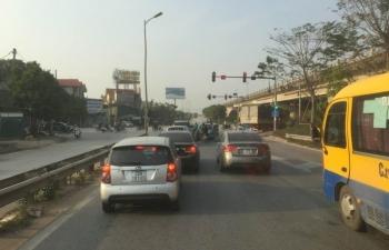 Giảm 30% phí sử dụng đường bộ cho xe ô tô kinh doanh vận tải hành khách