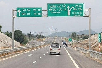 9 ngày nghỉ Tết, doanh thu bình quân trên toàn tuyến TP HCM - Long Thành - Dầu Giây đạt 3,24 tỷ đồng