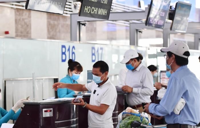 Tiếp tục đề xuất ưu tiên tiêm vắc xin cho nhân viên hàng không