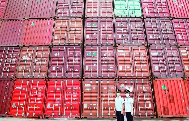 Thành lập tổ công tác kiểm tra về giá, phụ thu ngoài giá vận chuyển container