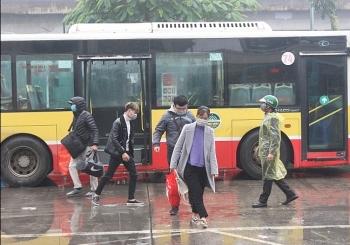 Bộ Giao thông vận tải khuyến cáo hành khách đeo khẩu trang đến sân bay, nhà ga…