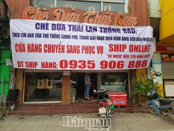 Hà Nội: Hàng quán đóng cửa, đường phố vắng vẻ sau lệnh đóng cửa phòng dịch Covid-19