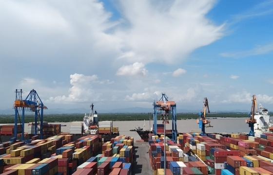 Khối lượng hàng hóa qua cảng biển 2 tháng đầu năm tăng 11%