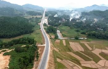 Không tự ý dừng phục vụ phương tiện lưu thông trên tuyến đường Hòa Lạc – Hòa Bình