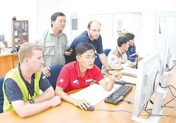 Đề xuất cho nhập cảnh gần 8.500 lao động nước ngoài