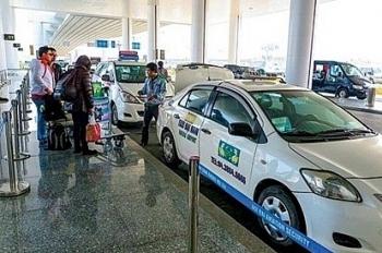 Tạm dừng hoạt động của các phương tiện taxi phục vụ giải tỏa hành khách tại sân bay Nội Bài