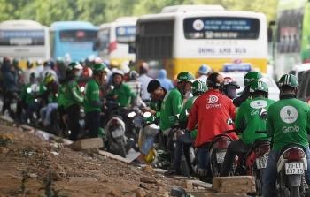 Đề nghị Grab, Be, GoViet, FastGo hỗ trợ thông tin về các tài xế có cuốc xe đi và đến Bệnh viện Bạch Mai