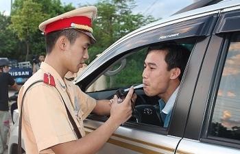 Chế tài xử phạt lái xe uống rượu bia: Cần sửa quy định người gây tai nạn có thể rời khỏi hiện trường