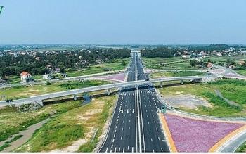 Việc chuyển đổi 8 dự án cao tốc Bắc-Nam đang được thực hiện như thế nào?