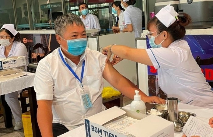 11/21 cảng hàng không đã tổ chức tiêm vắc xin phòng Covid-19