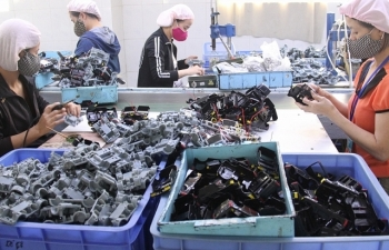 """Sửa Luật Lao động: Doanh nghiệp mong được """"bình đẳng"""" với người lao động"""