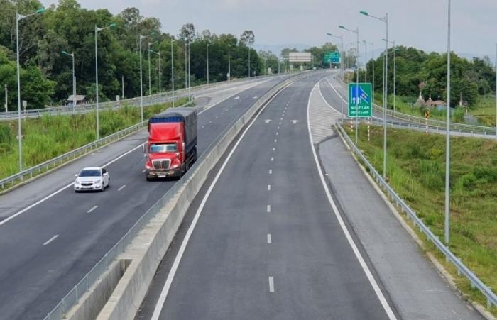 Phó Thủ tướng yêu cầu tập trung triển khai một số đoạn cao tốc Bắc – Nam phía Đông