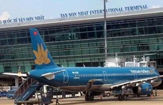 """Tìm giải pháp """"giữ cánh"""" cho hàng không Việt"""