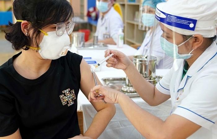 Hà Nội cơ bản hoàn thành tiêm gần 100% số lượng vắc xin đã nhận