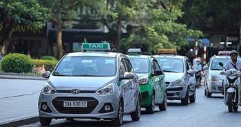 """Taxi Hà Nội sẽ chỉ được """"mặc"""" 5 màu áo?"""