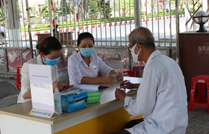 Chi trả lương hưu, trợ cấp BHXH tháng 8, 9 vào cùng một kỳ cho 5 tỉnh miền Trung, Tây Nguyên