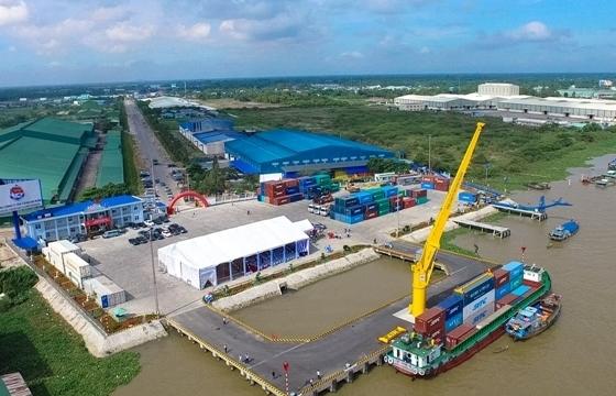 Cảng thủy nội địa Tân Cảng Thốt Nốt được tiếp nhận phương tiện thủy nước ngoài