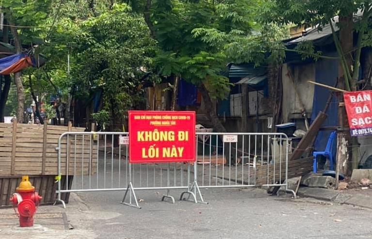 Từ 6h ngày 21/9, Hà Nội bỏ phân vùng và không kiểm soát giấy đi đường